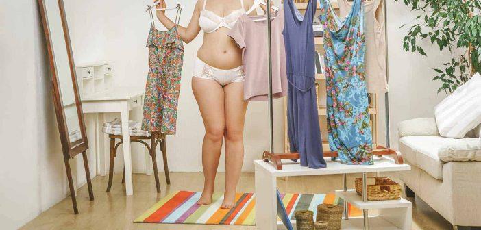 Comment porter une robe moulante quand on a du ventre ?