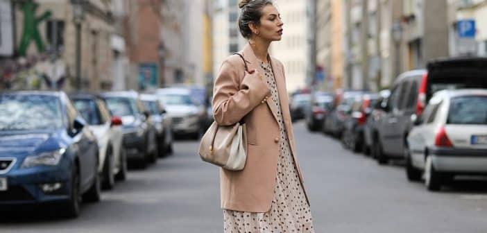 Porter une robe longue en hiver conseils